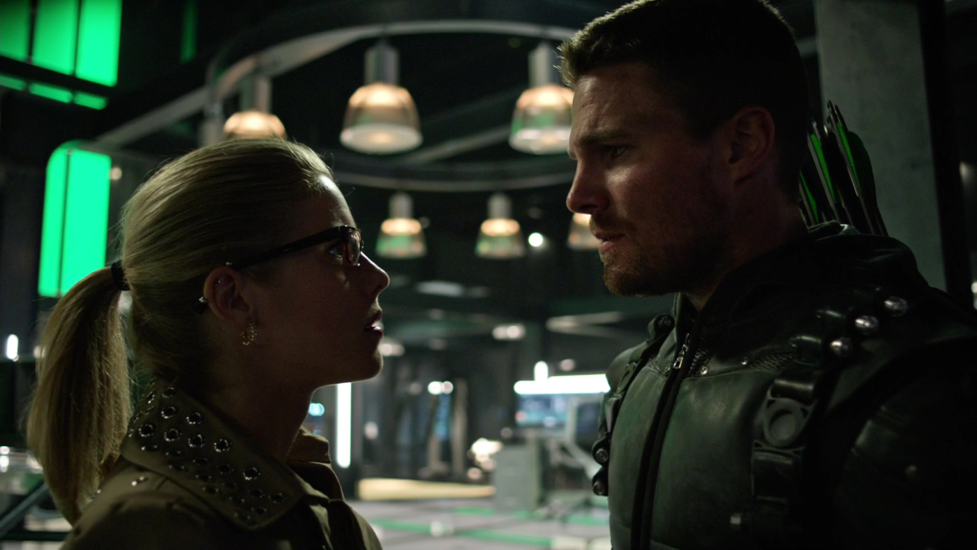 Arrow Review: Lost In The Flood (Season 4 Episode 22) | Tell