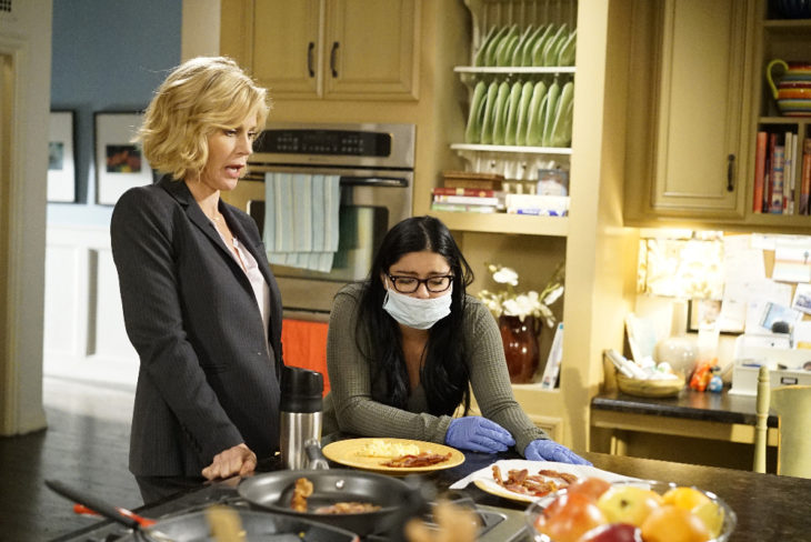 Modern Family Review A Stereotypical Day Season 8 Episode 2 Tell Tale Tv