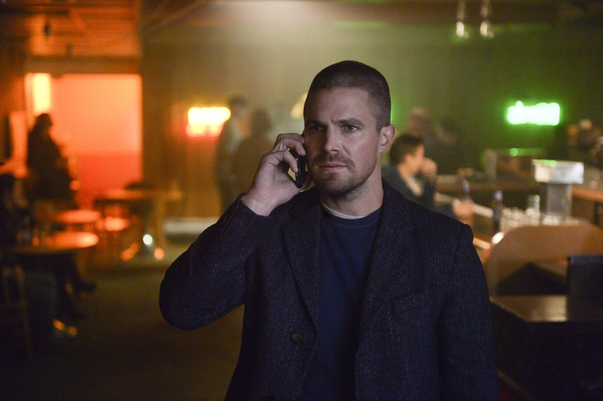 Supergirl Season 4 Episode 9 - Stephen Amell as Oliver Queen/Green