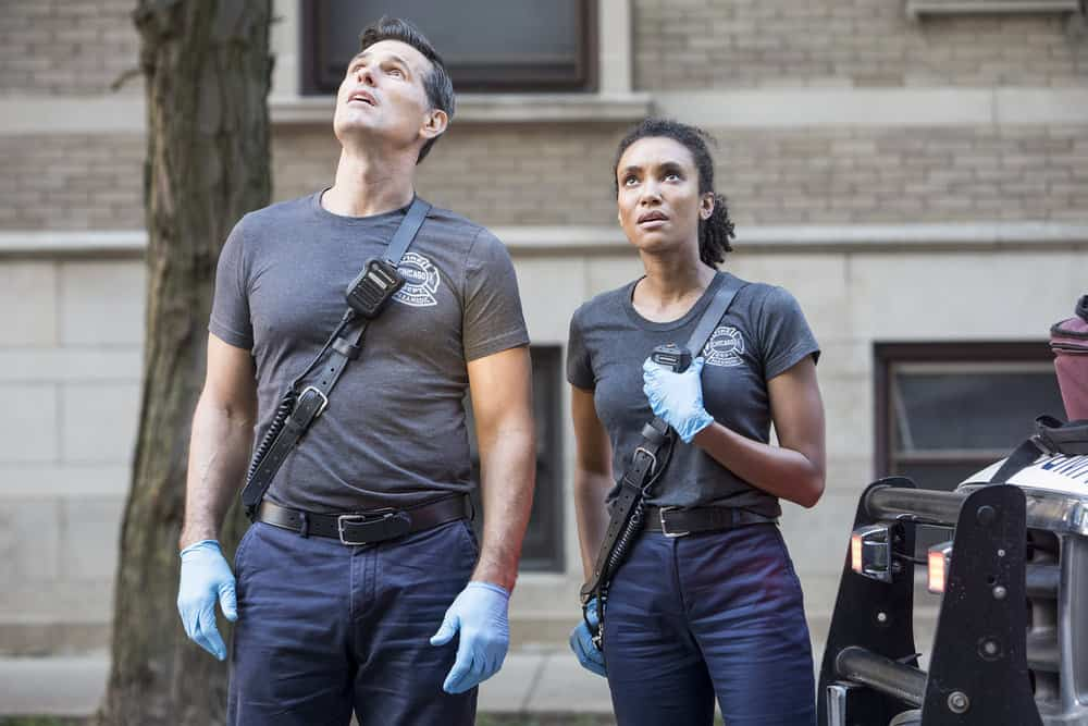 Chicago Fire Season 8 Episode 2 Austin Peck As Collins Annie Ilonzeh As Emily Foster Tell Tale Tv