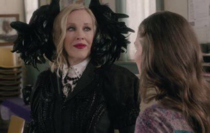 Schitt's Creek Season 6 Episode 4 – Moira (Catherine O'Hara)