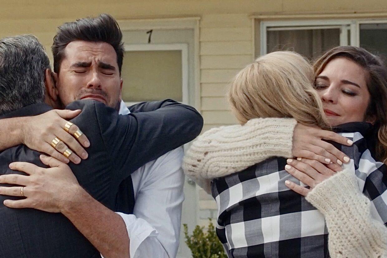 Schitt S Creek Series Finale Review Happy Ending Season 6 Episode 14 Tell Tale Tv